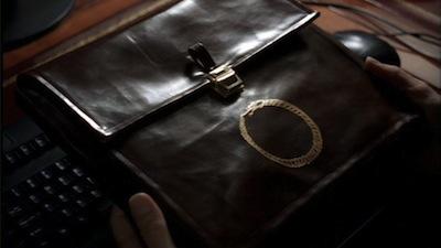 MM3X22_briefcase